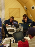 Das On-Site Operations Coordination Center (OSOCC) in Weeze. (Bild anzeigen)