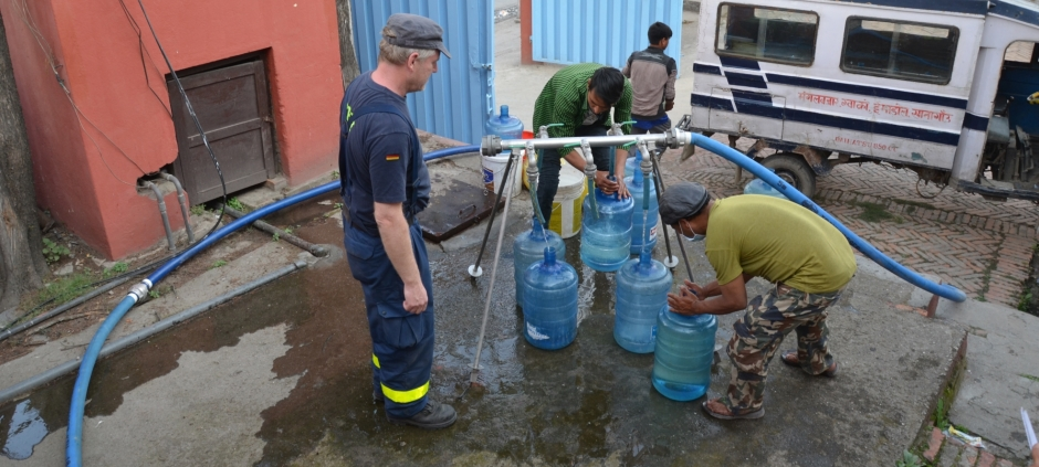 In Nepal THW could distribute approximately 1.4 million litres of clean water to the local population in Kathmandu.