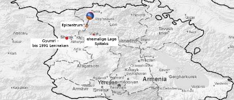 Karte Armeniens mit Epizentrum und den Städten Leninakan, heute Gyumri und der ehemaligen Lage Spitaks.