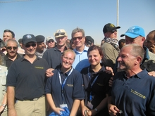 The Federal Foreign Minister, Mr Guido Westerwelle, together with the THW-team.