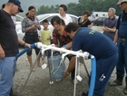 THW volunteers distributed drinking water to the residents of Bei Shan.